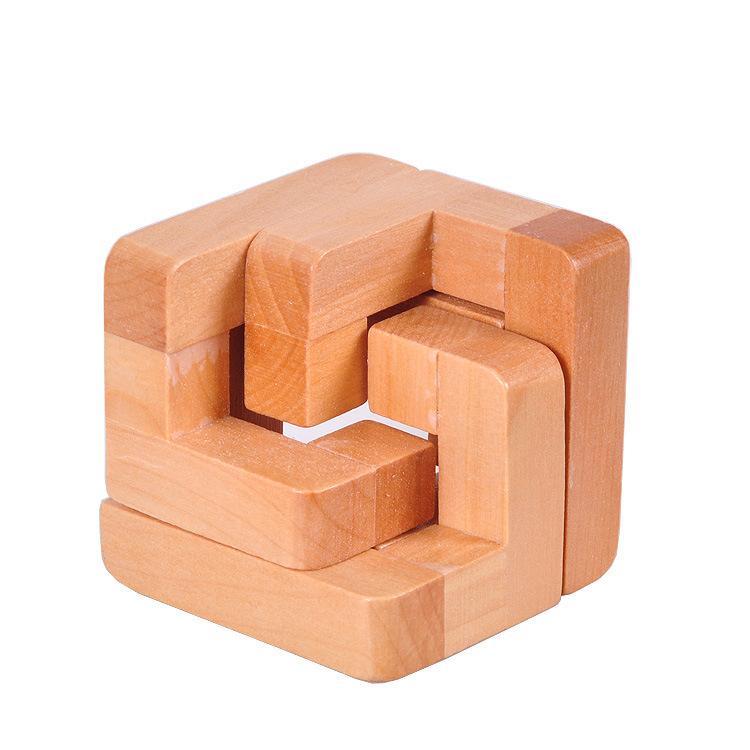 Mini pocket wooden puzzle