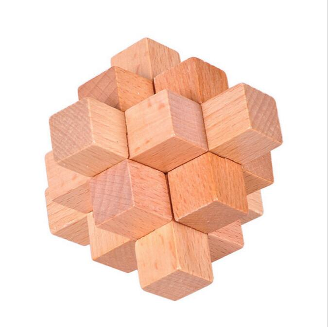 Natural star wooden puzzle