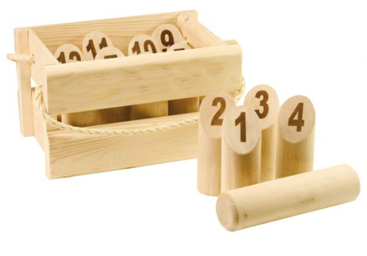 wooden garden tossing game